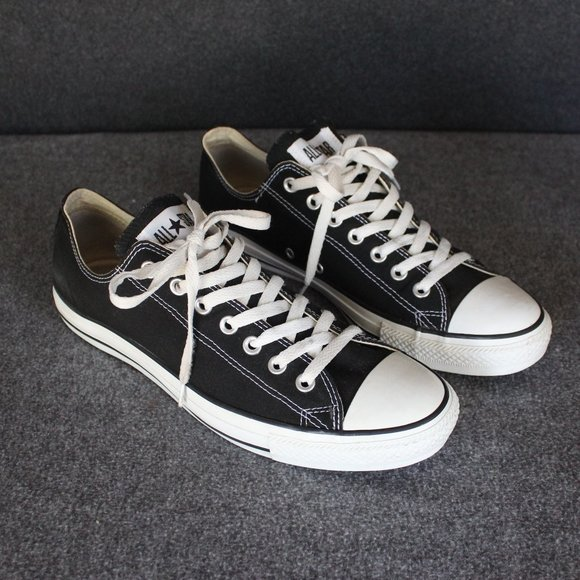 Converse Chuck Taylor All-Star Black Low Top